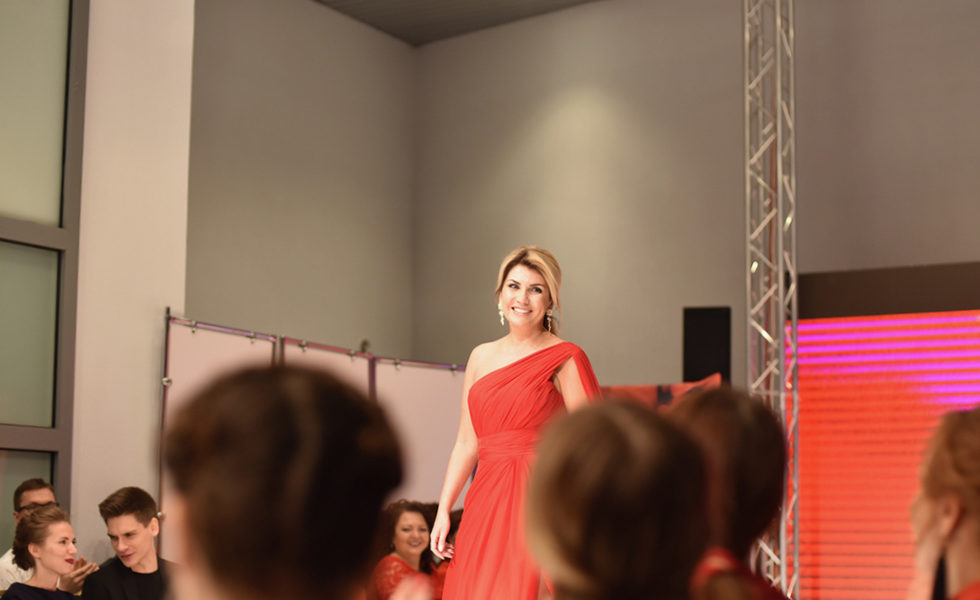 red_dress_mts_2017_10